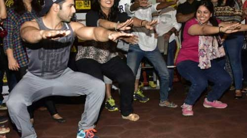 Varun Dhawan workout with female journos