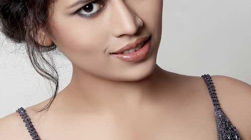 Kanchan Awasthi as Sarla