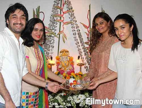 Shraddha Kapoor celebrates Ganapati 2016
