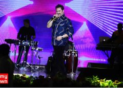 Kumar Sanu's mesmerizing live performance in Mumbai