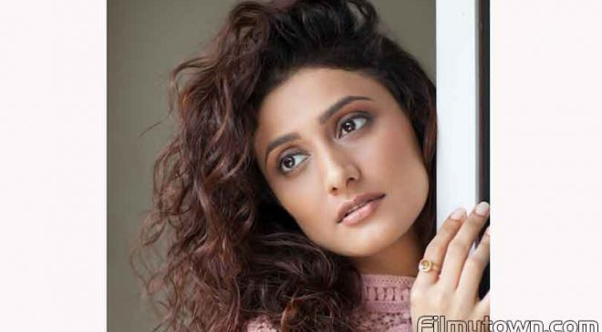 Ragini Khanna's shocking dark avatar in 'Posham Pa'