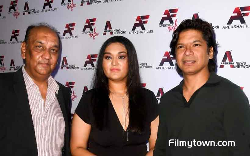 Shaan with Apeksha and her father Ajay Jaswal