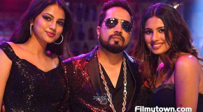 Aashna Hegde and Khushi – Bollywood's newest teen Heartthrobs!