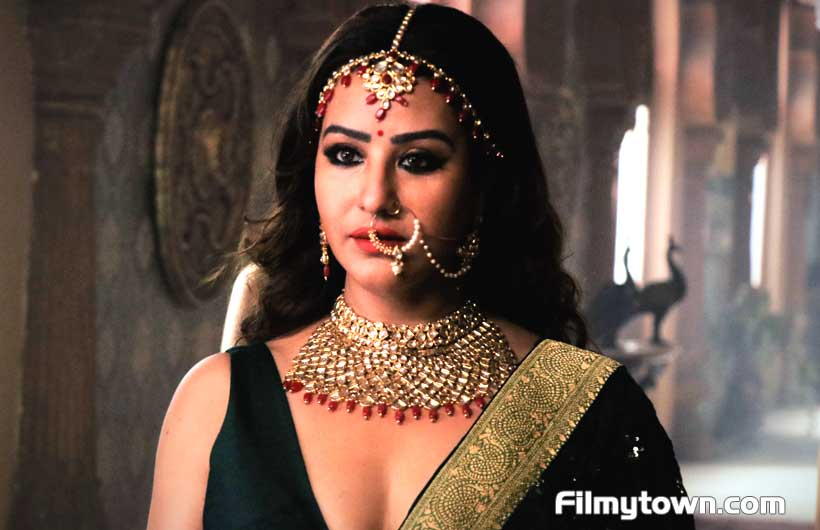 Shilpa Shinde as Queen Meerawati in Paurashpur