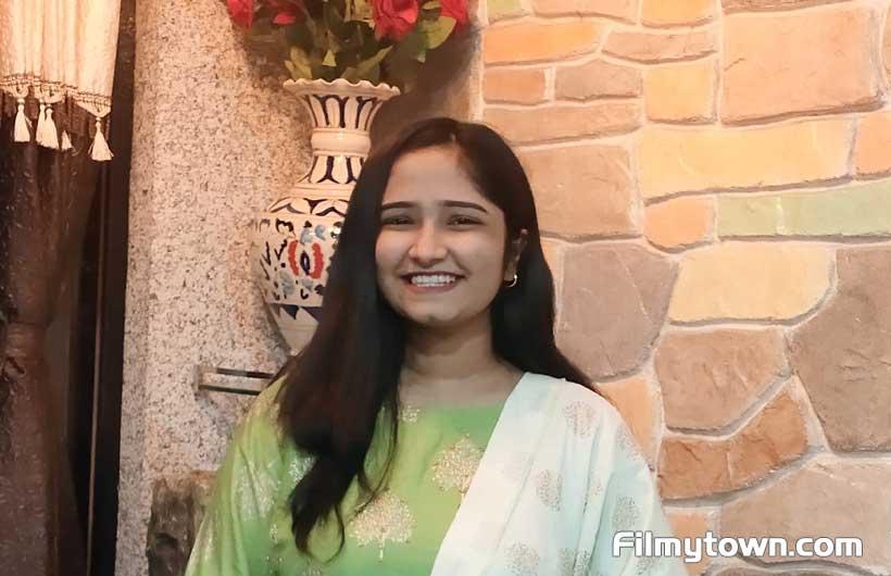 Gujarat's Chandni Vegad enters Bollywood as a singer
