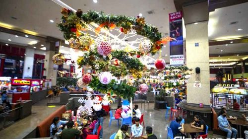 Christmas Decor at Infiniti Mall, Andher Mumbai