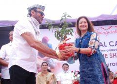 Jackie Shroff, Ayesha Jhulka promote an animal shelter in Lonavla, Maharashtra