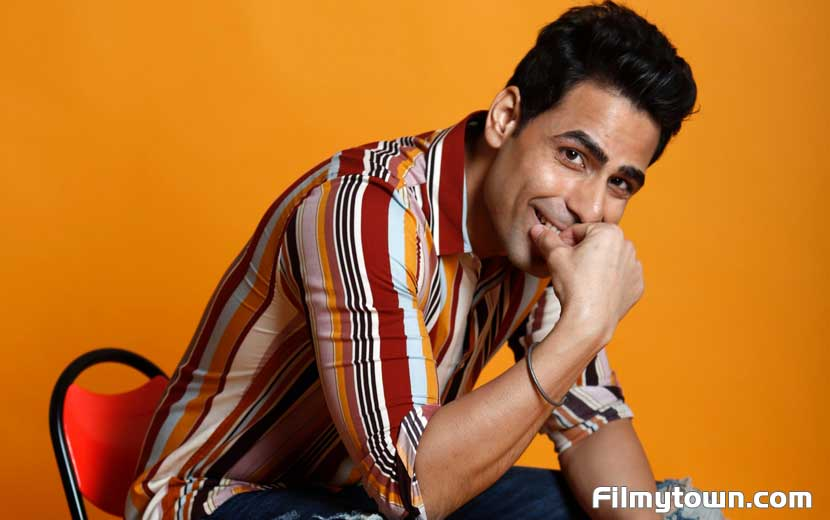 Vikrant Koul in Hello Mini Season 3