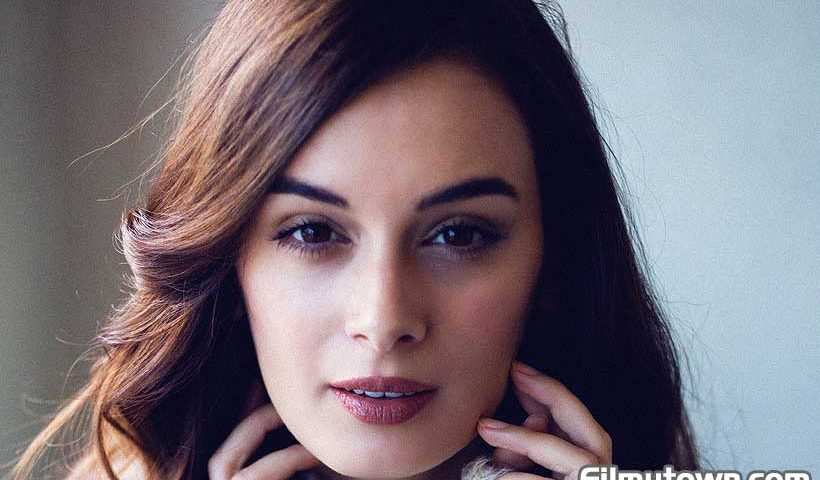 Evelyn Sharma's Love Matters