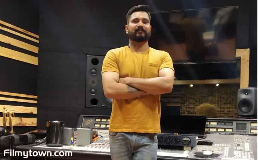Chandan Saxena music composer