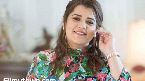 Shikha Talsania in Coolie No 1