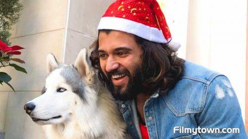 Vijay Deverakonda turns Santa for children