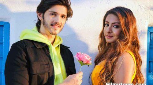 Aarti Saxena and Rohan Mehra in Zara Tehro