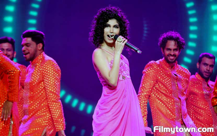 Pooja Mantri performing in IMPL